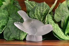 Lalique Frosted Crystal Swooping Sparrow Head Up