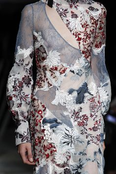 Erdem Spring 2017 Ready-to-Wear Fashion Show Details