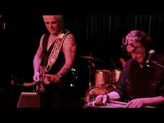 YouTube Honky-tonkers Don't Cry & Whiskey Or God