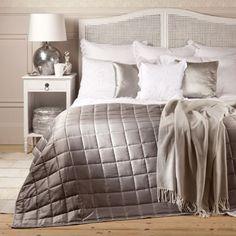 Big Square Decorative Quilt - Quilts - Bedroom - Netherlands