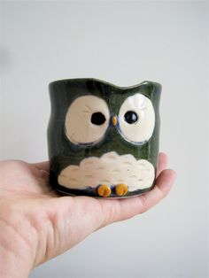 cute lil owl mug :)  just like the one Jojo gave for chrustmas. :)