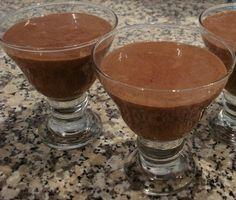 Para os grandes apreciadores de mousse de chocolate, aqui fica a nossa sugestão! A receita e simples e fácil de fazer.