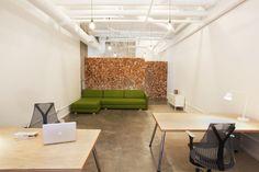 Combinatie van materialen, scheidingswand :-) Mooi plafond