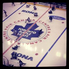 AIR CANADA CENTRE Leafs Game, Places Ive Been, Places To Go, Air Canada Centre, Blurred Lines, American Sports, Toronto Maple Leafs, Game Room, Ontario