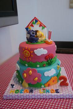 Woezel en Pip taart voor ons meisje. Karlijne van der Vos 2nd Birthday Parties, Birthday Cake, Party, Desserts, Sheep, Tailgate Desserts, Deserts, Birthday Cakes, Parties