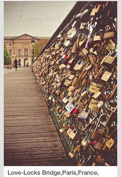 Paris- Love Locks