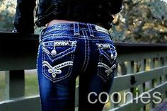 Juniors Denim Low Medium Boot Cut 31 Jeans for Women Love Jeans, Jeans And Boots, Cool Outfits, Summer Outfits, Fashion Outfits, Country Girls Outfits, Cold Weather Outfits, Rock Revival Jeans, Girls Jeans