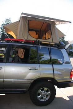 100 Series Land Cruiser with Cascadia Vehicle Roof Top Tent