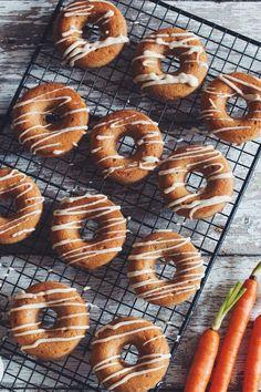 #vegan carrot cake doughnuts with lemon cream glaze | RECIPE on hotforfoodblog.com