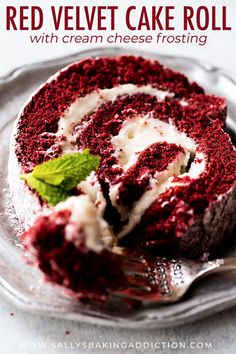 Learn how to make a deliciously soft red velvet cake roll using this step-by-step photo tutorial and recipe! Köstliche Desserts, Delicious Desserts, Dessert Recipes, Red Velvet Cake Roll, Red Velvet Roll Recipe, Red Velvet Ice Cream, Red Velvet Cupcakes, Jelly Roll Cake, Ice Cream Cake Roll