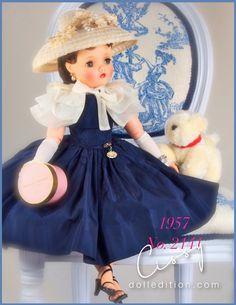 Cissy 1957 Navy Taffeta with Tiered Organdy Cape Old Dolls, Antique Dolls, All American Doll, Girl Dolls, Baby Dolls, Fashion Dolls, Girl Fashion, Crissy Doll, Vintage Madame Alexander Dolls