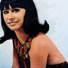 "Astrud Gilberto (born: March Salvador, Bahia, Brazil) is a Brazilian samba and bossa nova singer. She is best known for her performance of the song ""The Girl from Ipanema"". 60s Music, Latin Music, Jazz Music, Astrud Gilberto, Brazilian Samba, Brooklyn Girl, Soul Jazz, Face Icon, Silent Film Stars"