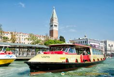 Sightseeing on the Grand Canal in comfort and style on the Vaporetto dell'Arte.