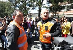 Otto Pérez Molina se subió a un bus y los usuarios se bajaron creyendo que era un asalto