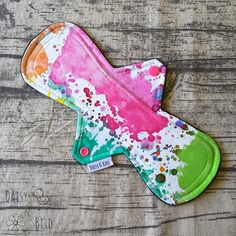 26cm Cloth Pad MODERATE Absorbency Paint Splatter