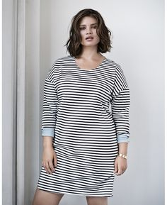 At Simply Be, you'll find the latest plus size fashion clothing available in sizes From plus size jeans and dresses to trendy tops, Simply Be's women's clothing features fashionable outfits for every occasion. Fast Fashion, Curvy Fashion, Plus Size Fashion, Fashion Outfits, Plus Size Casual, Plus Size Jeans, Plus Size Dresses, Plus Size Outfits, Beautiful Women Over 50