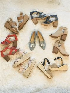 Can you ever have too many shoes??? #shopthelook #justpostedblog