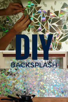 Here's an idea for a cheap and colorful DIY backsplash made from repurposed CDs Küchen Design, Home Design, Home Interior Design, Luxury Interior, Custom Design, Unique Home Decor, Cheap Home Decor, Creative Decor, Backsplash Cheap