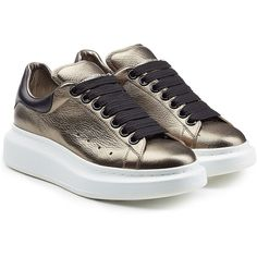 Alexander McQueen Leather Sneakers (2,955 EGP) ❤ liked on Polyvore featuring shoes, sneakers, gold, lacing sneakers, alexander mcqueen sneakers, genuine leather shoes, round toe sneakers et laced shoes