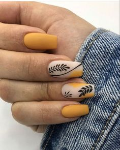 Nail Ideas Discover 17 Colorful Yellow Nail Arts That You Should Look At And Try To make your yellow nail art design look more special you can also incorporate some patterns like strips polka dots leopard prints and zebra prints into your nails. Colored Acrylic Nails, Summer Acrylic Nails, Best Acrylic Nails, Acrylic Nail Designs, Spring Nails, Summer Nails, Shellac Designs, Chic Nails, Stylish Nails