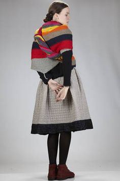 triangular scarf in hand-knitted cloth with multicolor horizontal lines - DANIELA GREGIS