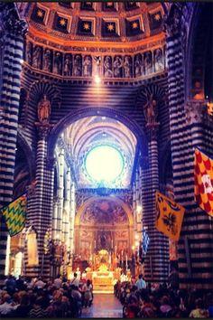 Siena Duomo - Pronto per il Palio