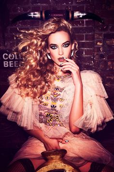 Hannah Ferguson is ridin' dirty on the Spring 2017 cover of Wonderland Magazine. Photographed by Ellen von Unwerth, the blonde bombshell wears a two-piece Miu… Hannah Ferguson, Ellen Von Unwerth, Jeanne Lanvin, Rock And Roll, Balenciaga, Gucci Gown, White Lace Mini Dress, Dior, Photoshoot Inspiration