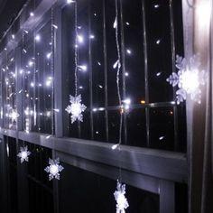 Christmas Party Home Decor Snowflake Pendant LED String Light - WHITE