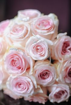 If you like this photo and want the same for your events or weddings contact CTH Events Paris - Wedding In France. в Париже Wedding Flower Inspiration, Wedding Flowers, White And Pink Roses, Paris Wedding, Some Pictures, Wedding Planner, Bouquet, Jewels, Bridal