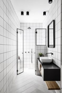 Are Black Shower Doors the Best Choice For Your New Bathroom? Bathroom Colors, White Bathroom, Small Bathroom, Master Bathroom, Bathroom Modern, 1950s Bathroom, Classic Bathroom, Mirror Bathroom, Bathroom Faucets