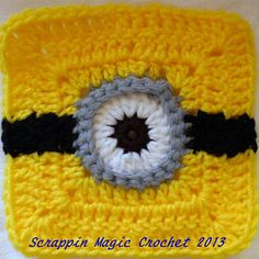 Minion madness still hasn't died down. Free pattern for this minion square. A collection of these fantastic squares would make a great blanket for the little one in your life! Crochet Afghans, Grannies Crochet, Crochet Pillow Patterns Free, Free Pattern, Afghan Patterns, Crochet Crafts, Crochet Yarn, Crochet Stitches, Crochet Projects