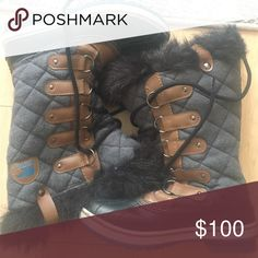 Sorel boots - Get Ready for the Snow ! Gray and Navy Sorel boots - only worn one weekend in Aspen! Sorel Shoes Winter & Rain Boots