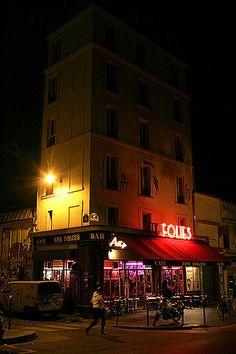 Café Aux Folies, a café in Belleville, where Clémence, Berenice and Ben hang out.