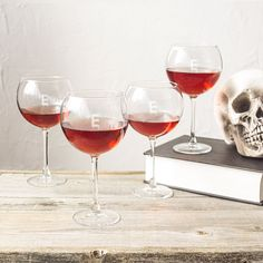 Clear Glass 19-ounce Personalized Spooky Red Wine Glasses (Pack of 4) (-P)