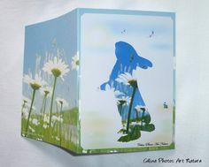 Carte double personnalisable faite main pour Pâques de Céline Photos Art Nature avec un lapin et un champ de marguerites