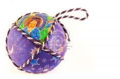Handmade Italian Christmas Ball of Fabric and Cord Italian Traditions, Italian Christmas, Winter Colors, Christmas Balls, Handmade Christmas, Coin Purse, Traditional, Fabric, Style