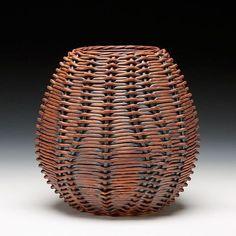 Jennifer FitzGerald, woven stoneware with iron oxide Ceramic Pottery, Pottery Art, Ceramic Art, Pottery Ideas, Willow Weaving, Basket Weaving, Japanese Bamboo, Bamboo Basket, Large Baskets