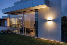 slat . outside luminaire . Außenleuchte . wall luminaire . Wandleuchte . aluminium die-casting . Aluminiumguss . LED