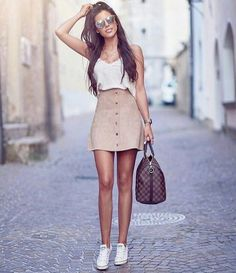 Looks com saia nude cute outfits ❤ in 2019 одежда free peopl Late Summer Outfits, Simple Summer Outfits, Outfits For Teens, Spring Outfits, School Outfits, Summer Ideas, Summer Diy, Summer Trends, Casual Summer