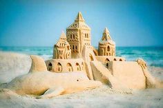 With an average of 320 days of sunshine a year, you'll have plenty of time to build sandcastles in #PanamaCityBeach!