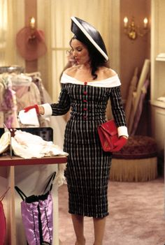 Fran fine outfits - She Had Style! She Had Flair! Why The Nanny Is Still a Fashion Icon – Fran fine outfits Fashion Tv, Fashion Kids, High Fashion, Fashion Outfits, Womens Fashion, Fashion Trends, Geek Fashion, Classic Fashion, Japan Fashion