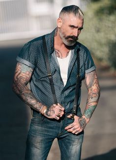 Layer up into summer. Dotted Denim Short Sleeve Button Up, Kato Jeans, & Classic leather suspenders Hairy Men, Bearded Men, Daniel Sheehan, Style Masculin, Leather Suspenders, Look Man, Sharp Dressed Man, Older Men, Hair And Beard Styles