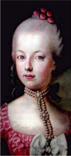 Zij is Marie Antoinette, ze was een rijke en populaire vrouw in de pruikentijd.
