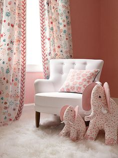 Artista e designer têxtil  Lulu de Kwiatkowski