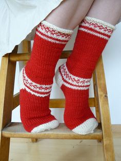 A Pair of Christmas Socks, Mittens, or a Hat Crochet Socks, Knitting Socks, Hand Knitting, Knit Crochet, Knitting Patterns, Knit Socks, My Socks, Crazy Socks, Sock Yarn