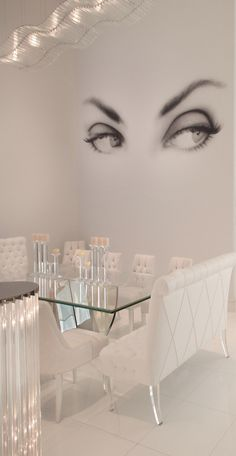 So much Lucite Lux® to love in this space.