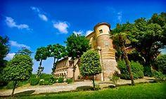Groupon - Visita guidata al Castello di Uviglie e in più degustazione di 7 calici di vino da 5,90 € a Rosignano Monferrato (AL). Prezzo Groupon: €5,90