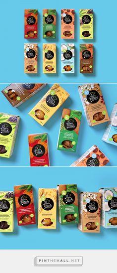Pagar Võtaks cookies packaging design by Koor - http://www.packagingoftheworld.com/2017/03/pagar-votaks-cookies.html