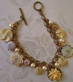 Pretty button bracelet ~ love
