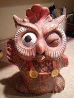 Vintage winking owl cooke jar. Vintage Owl, Retro Vintage, Cookie Jars For Sale, Kinds Of Cookies, Vintage Kitchenware, Vintage Cookies, Old Soul, Farmhouse Design, So Little Time